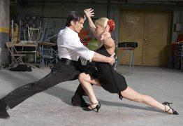 رقص التانغو