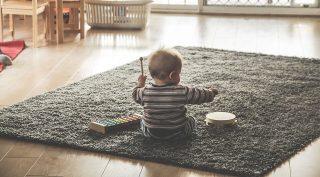 كيف تختار آلة موسيقية لطفلك وتحفزه على تعلمها؟