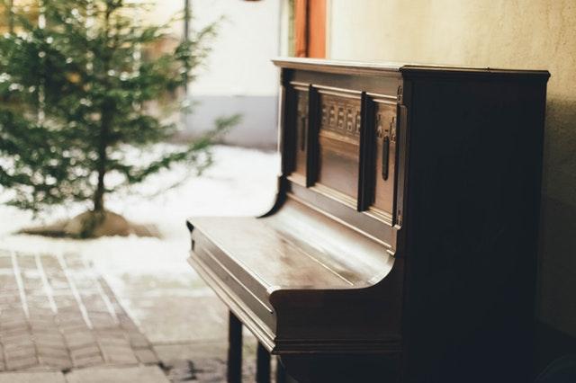 Relaxing Dreamy Piano